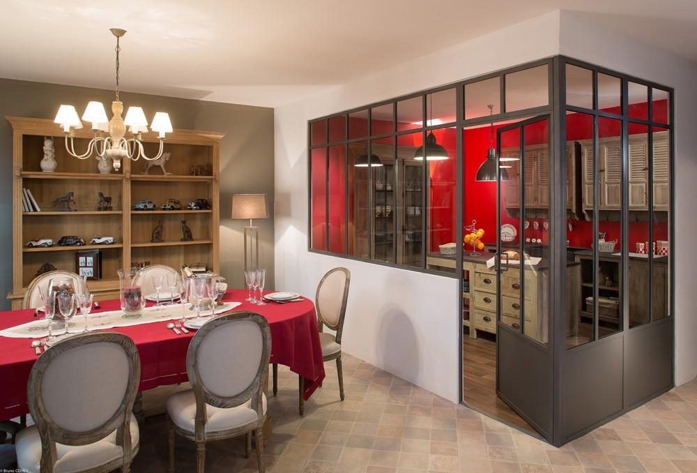 Tous nos conseils pratiques pour gagner de l espace for Separation de cuisine en verre