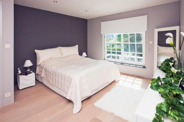 Utiliser deux couleurs pour peindre sa chambre comment faire for Peindre un mur de couleur dans une chambre