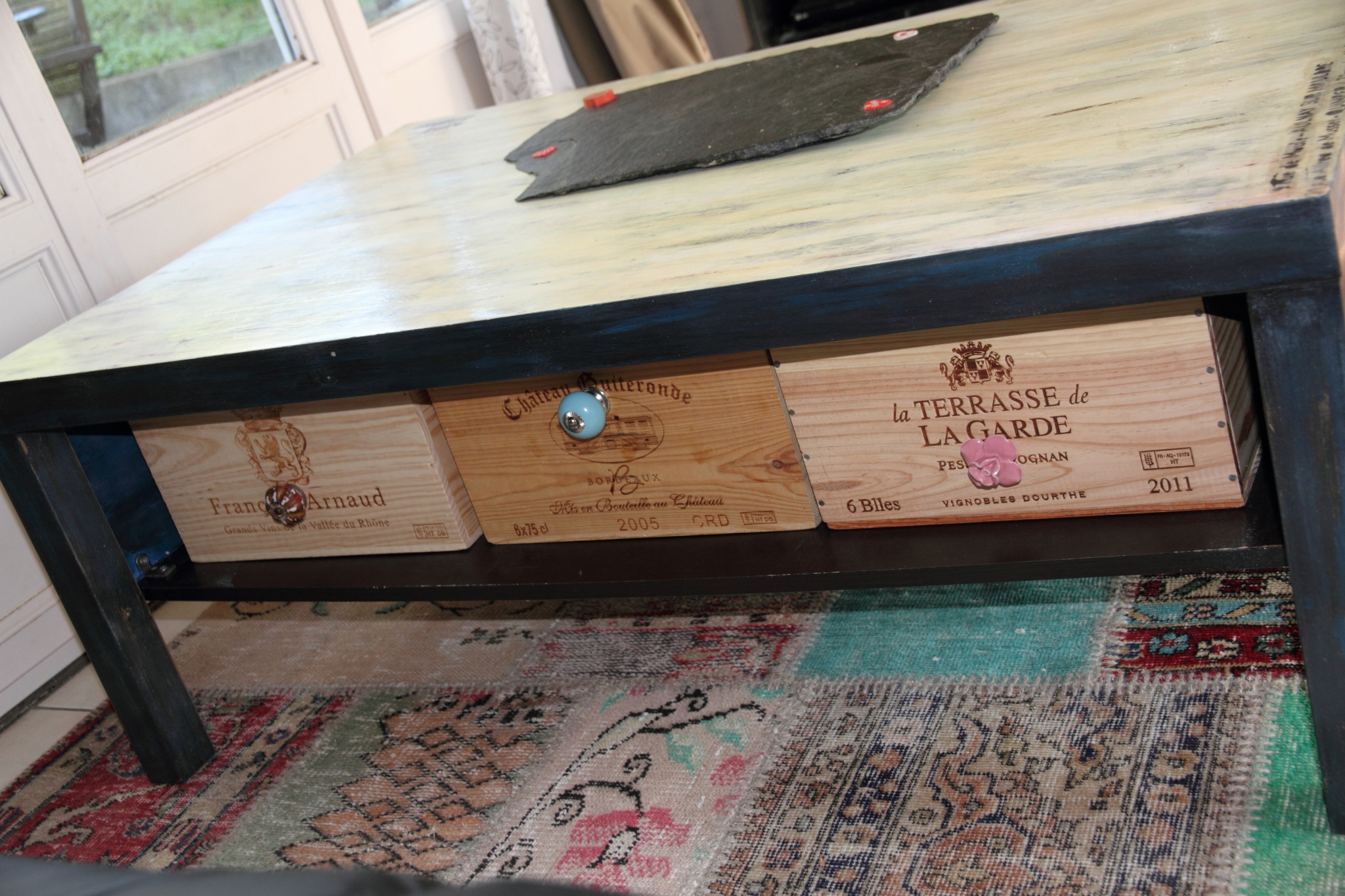 Customiser une vieille table basse en bois - Customiser table basse ...